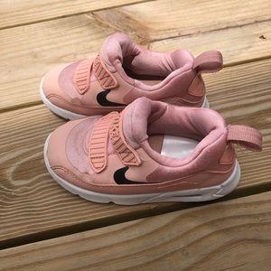Toddler Pink Nike Air MAX Size 8c